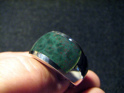 Bloodstone - Which Crystal Should You Choose To Gain Inner Strength
